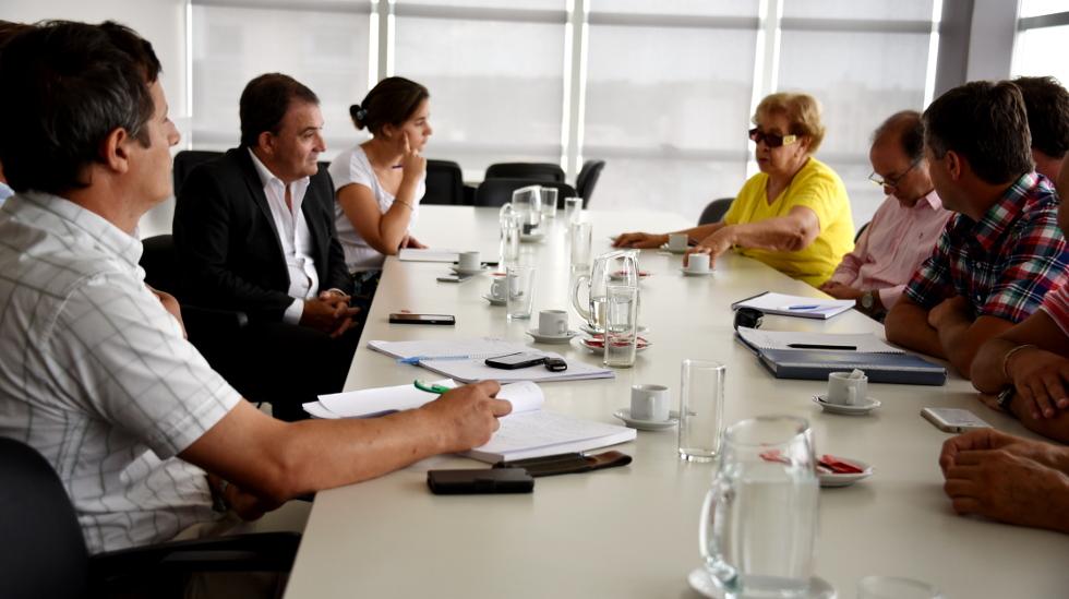 reunion_calle_buenos_aires